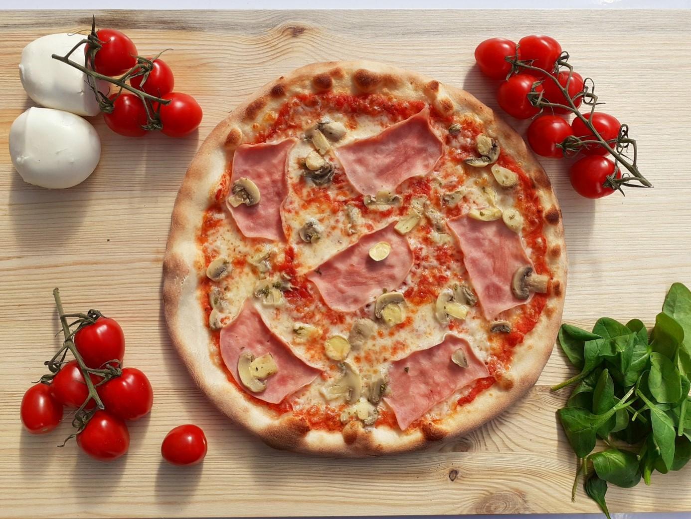 chlazená pizza na dopečení