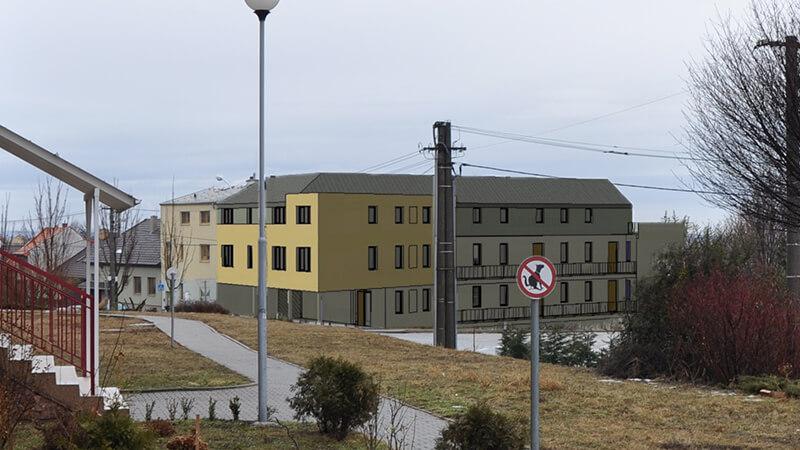 Holzova-stavba
